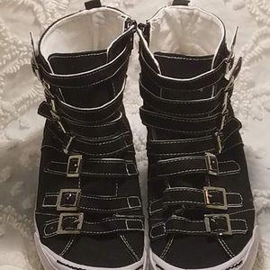 Shoes - NWOT Black Multi-Buckle Hightop Tennis Shoes